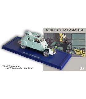 La 2 CV emboutie des Bijoux de La Castafiore